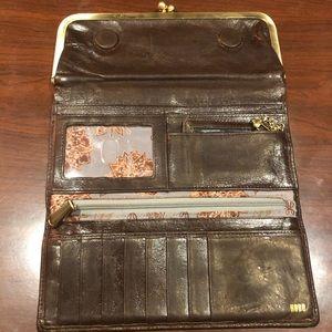 HOBO brown Rachel kisslock wallet